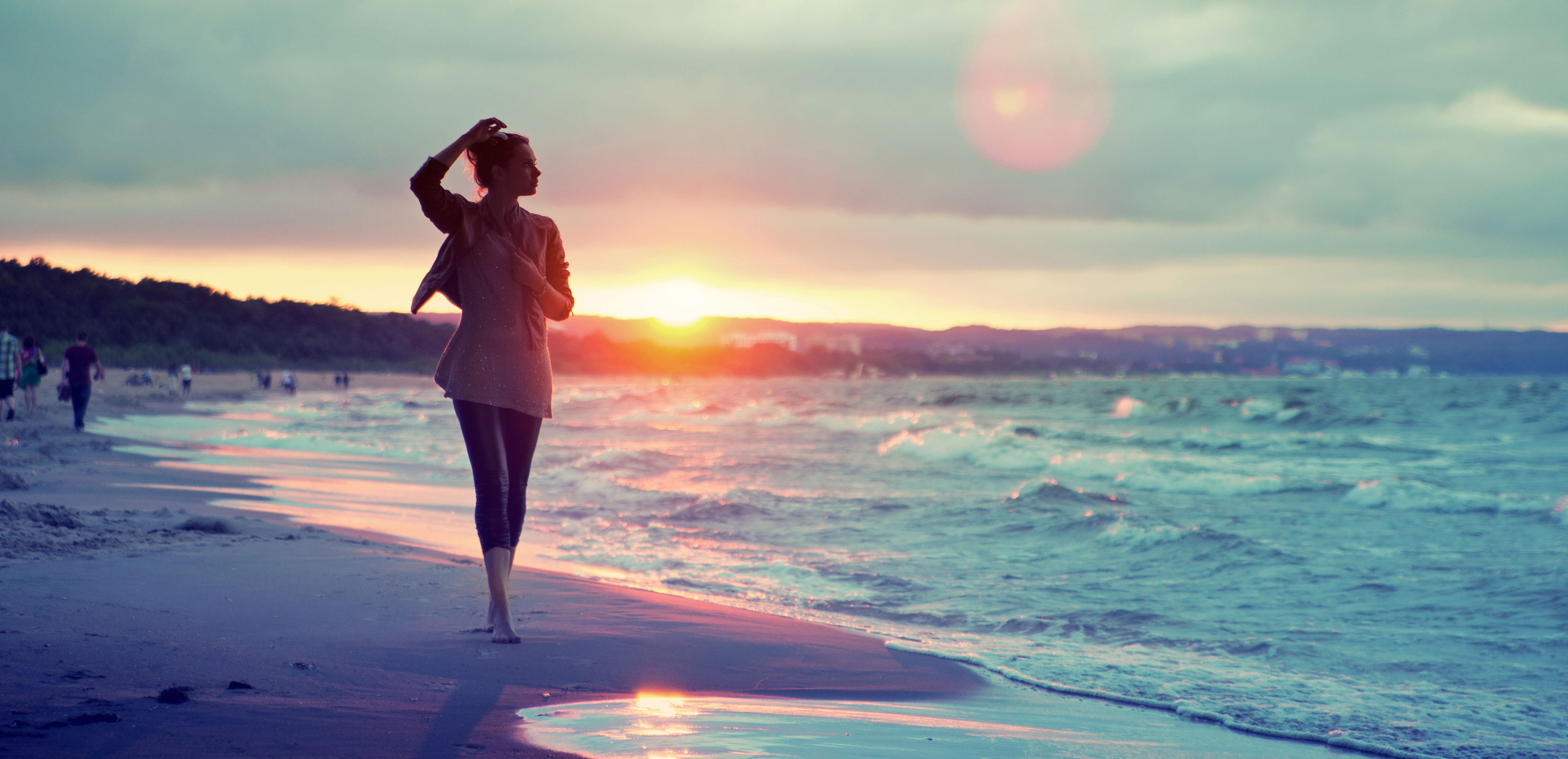 mood-girl-sand-sea-water-wave-signs-people-sun-sunset-background-wallpaper-widescreen-fullscreen-widescreen-HD-wallpapers-background